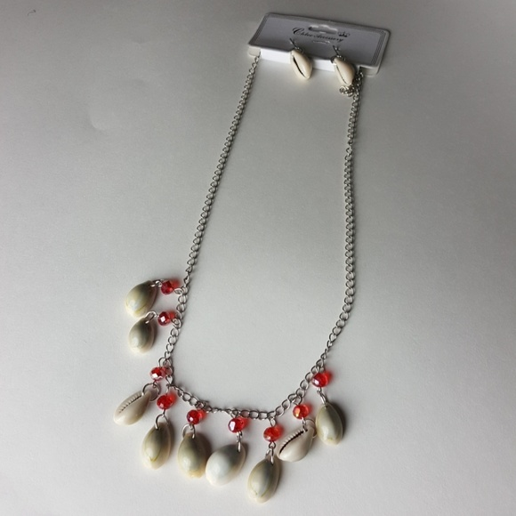 Chloe Accessory Jewelry - New Red Shell Necklace + Earrings